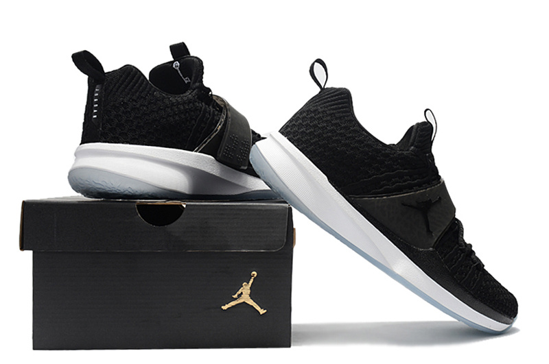 air jordan trainer 2 low sneaker 2 flyknit black