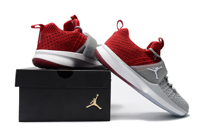air jordan trainer 2 low sneaker 2 flyknit red gray