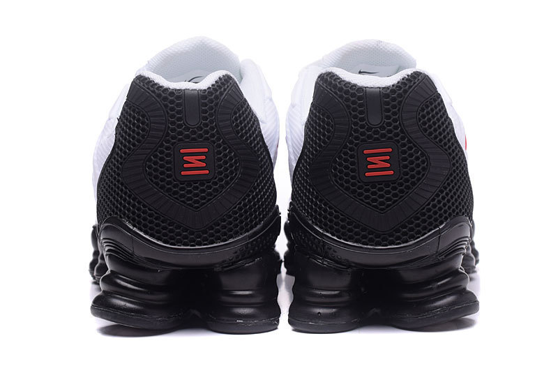 baskets nike shox rivalry et tlx red logo