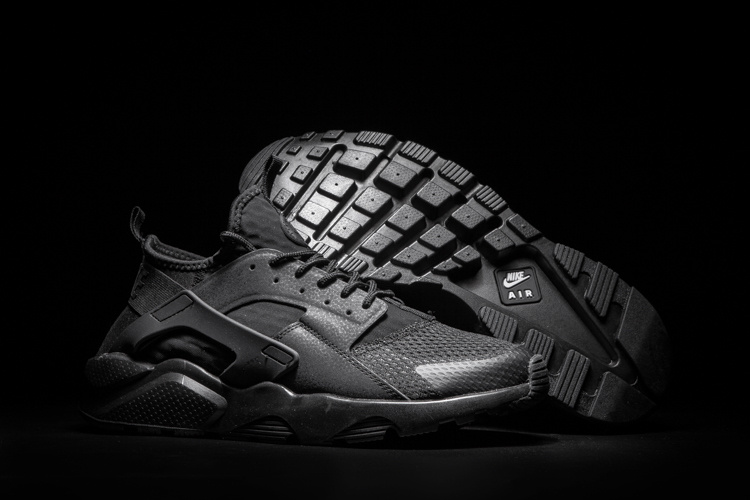 baskets basses nike sports air huarache run ultra air black