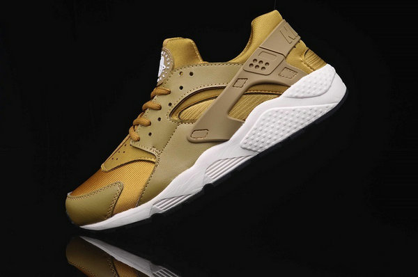 low nike air flight huarache or kim