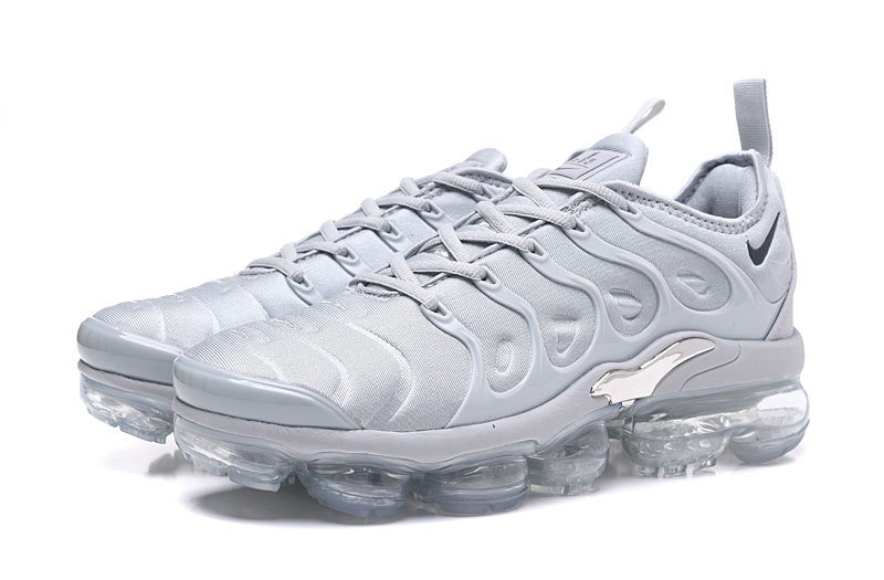 nike basket air max plus gray