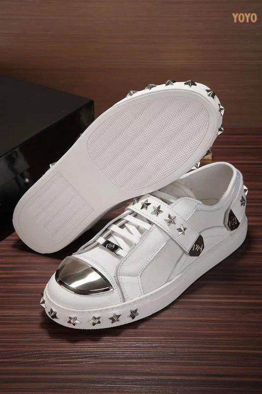philipp plein slip on sneakers stud embossed iron head top sport chaussure philipp plein. Black Bedroom Furniture Sets. Home Design Ideas