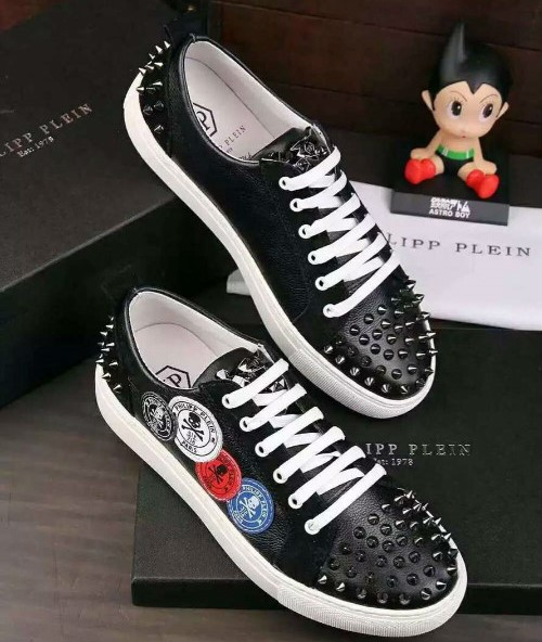 philipp plein slip-on sneakers stud embossed skull noir rivets