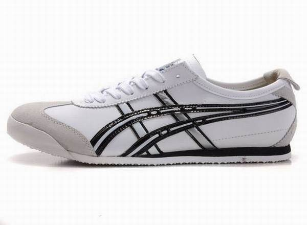 chaussures tennis asics pas cher