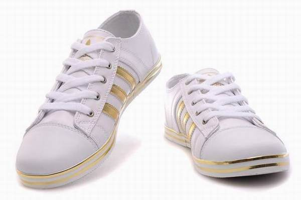 fournisseur en ligne chaussures adidas pas cher foot. Black Bedroom Furniture Sets. Home Design Ideas