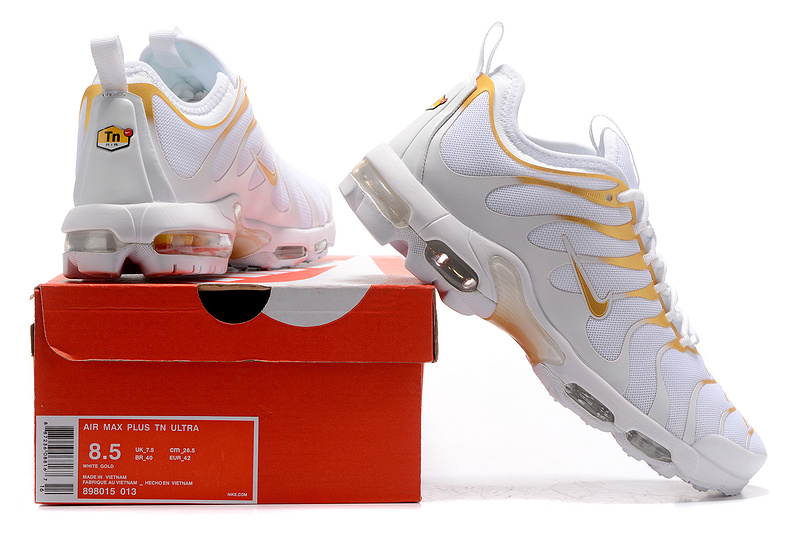 chaussures nike tn air max plus prm sport top gold