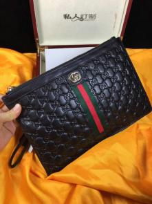 nouveau gucci clutch sac black gg cowhide classic stripe embossing hardware