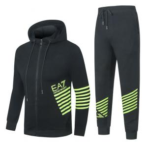 promotion de groupe jogging emporio armani side stripe ea7