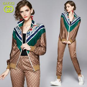 ensemble Tracksuit women gucci gg floral printed zip tracksuit