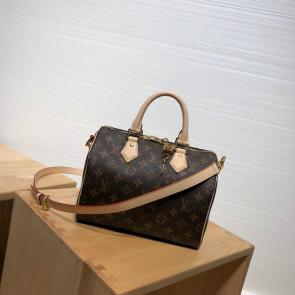 louis vuitton all handbags m45463 w42 h30 d15