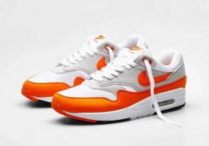 nike air max 1 trainers 2020 orange blanc