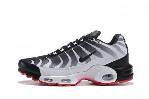 nike air max plus tn requin black size 7 tn before stripe