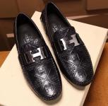 chaussure bateau hermes embossed pea shoes