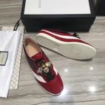 women gucci chaussures blanches chaussures de sport small bee buckle tie rouge