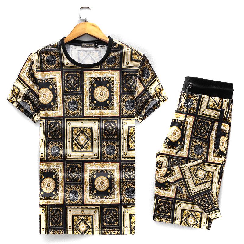 bbfd865efe22 survetement manches courtes versace palace ensemble Versace ...