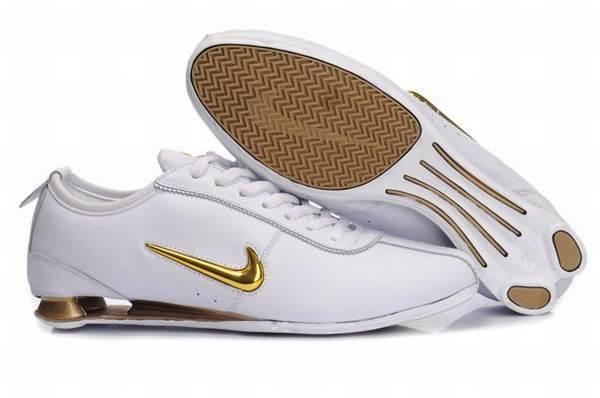 nike baskets shox rivalry homme